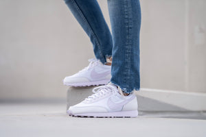 Nike WMNS Daybreak - White/Barely Grape #CU3452-100-Preorder Item-Navy Selected Shop