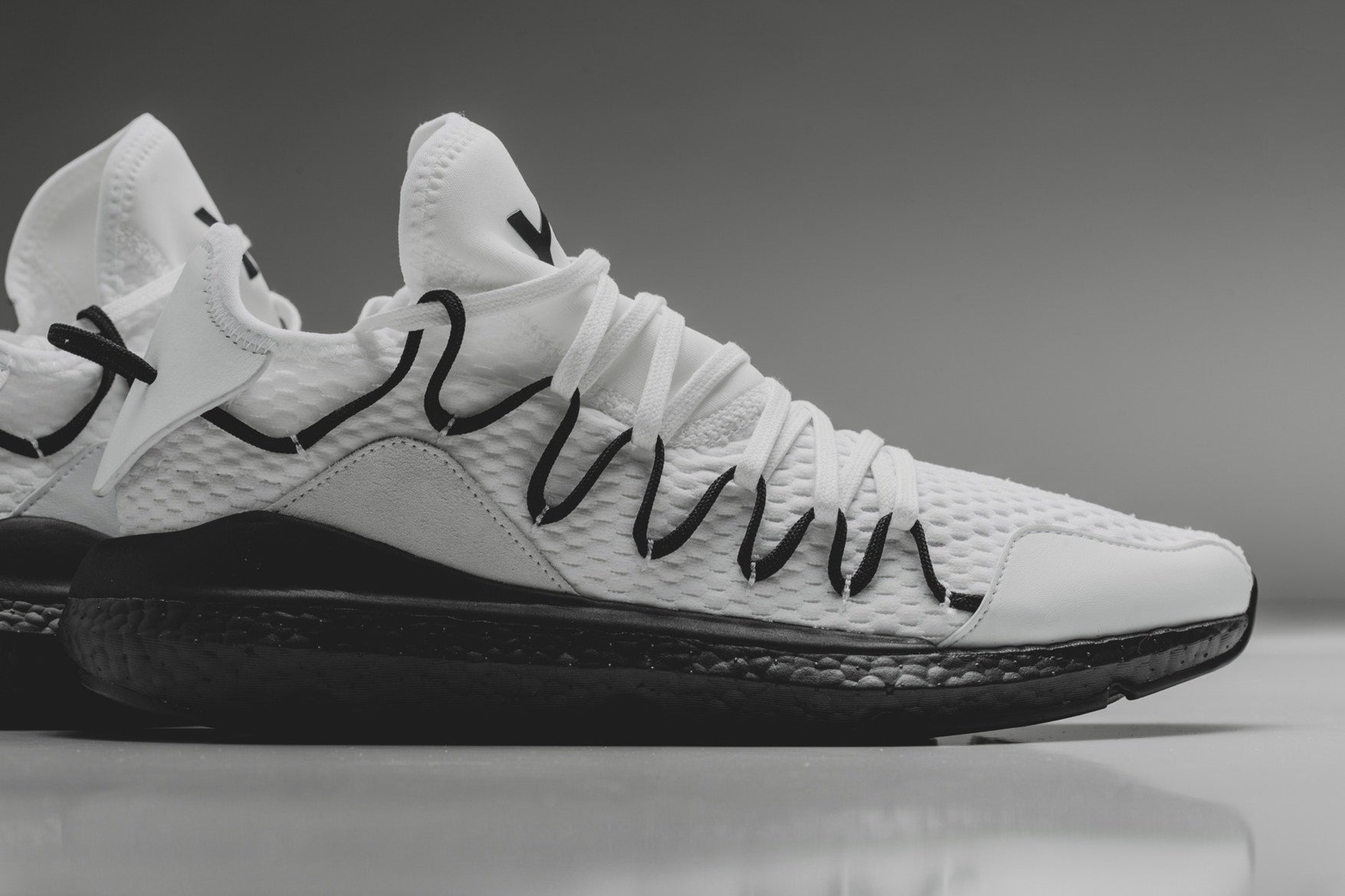 Y-3 Kusari - Core White/Core Black #AC7190-Preorder Item-Navy Selected Shop