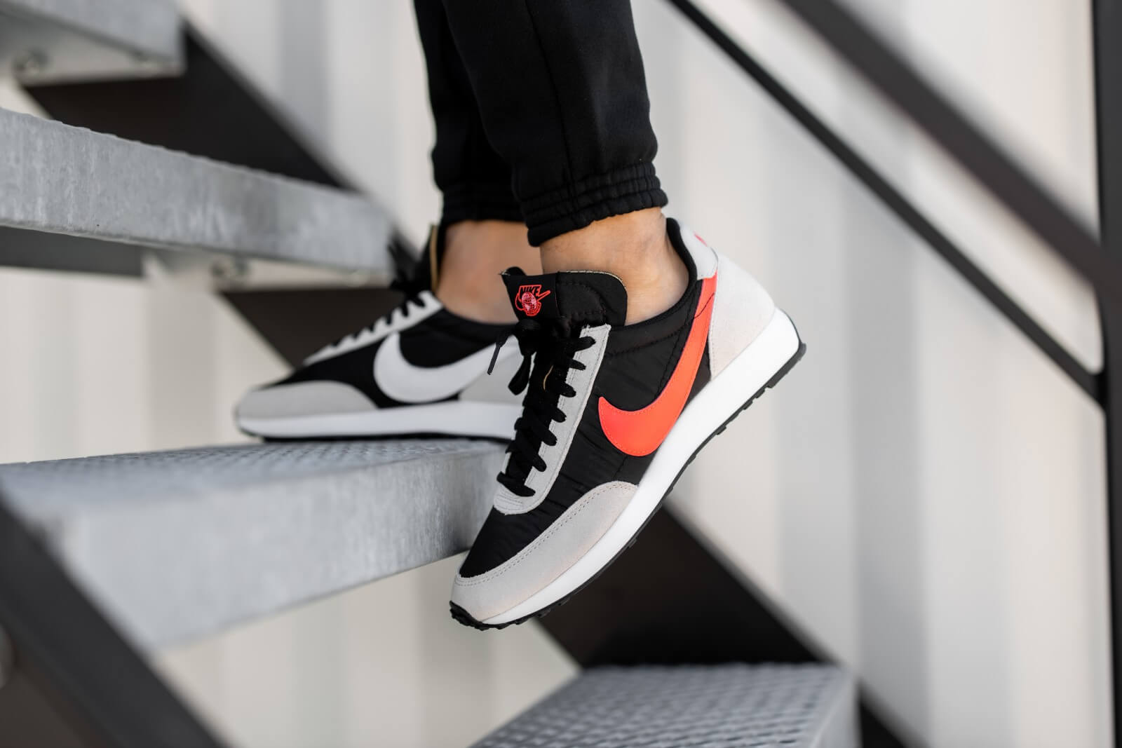 "Nike Air Tailwind 79 SE ""Worldwide Pack"" - Black/Flash Crimson/Light Bone #CZ5928-001-Preorder Item-Navy Selected Shop"