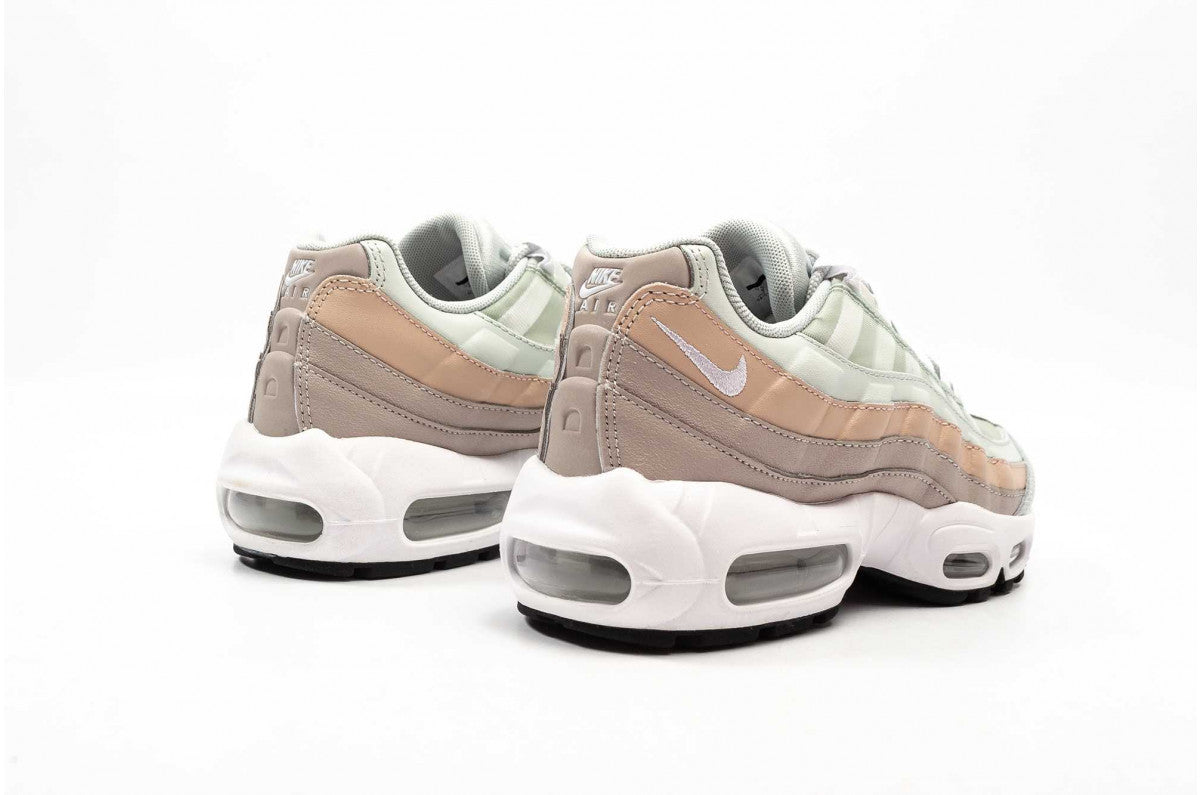 Nike WMNS Air Max 95 - Light Silver/White/Moon Particle #307960-018-Preorder Item-Navy Selected Shop