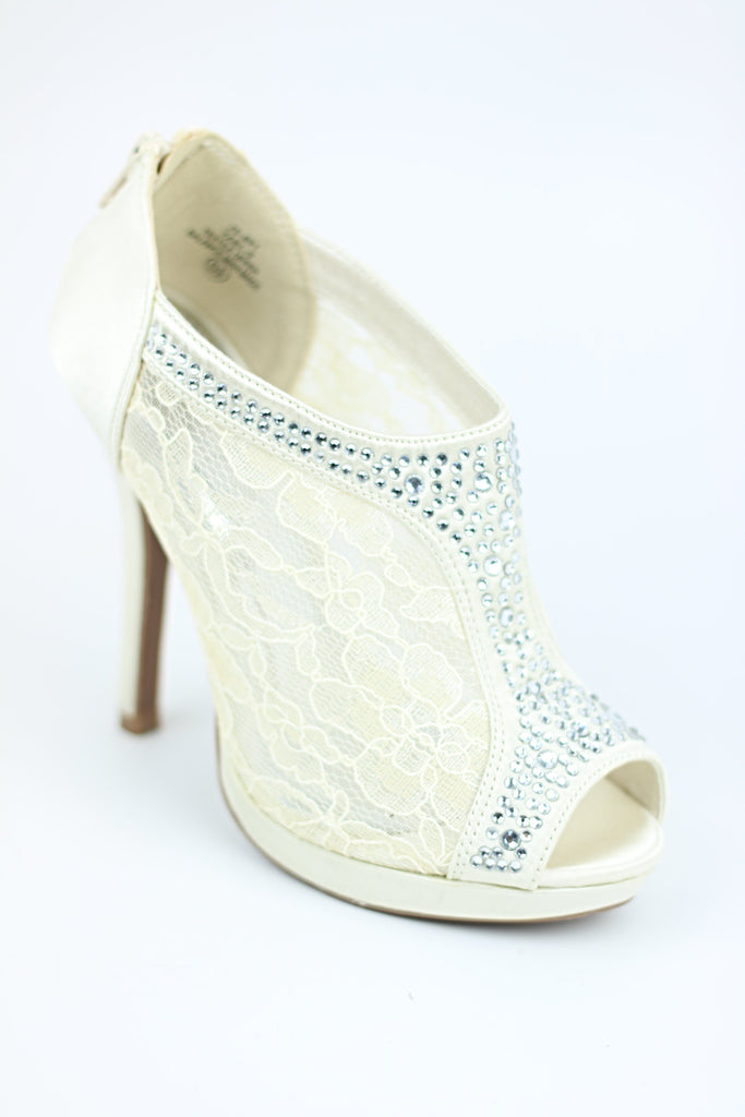 Prom Shoes Ivory (Style 200-79)