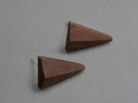 Trident Walnut Earrings (pair)