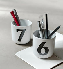 minimalistic number 7 and 6 mug