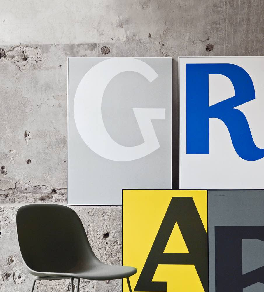 Cirulis Display Letter A G R