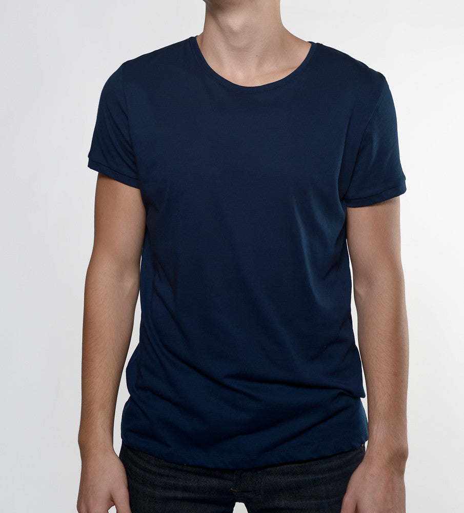 Man in a navy tshirt from front