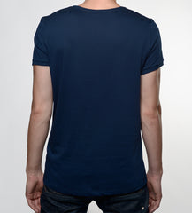 Man in a navy tshirt from back