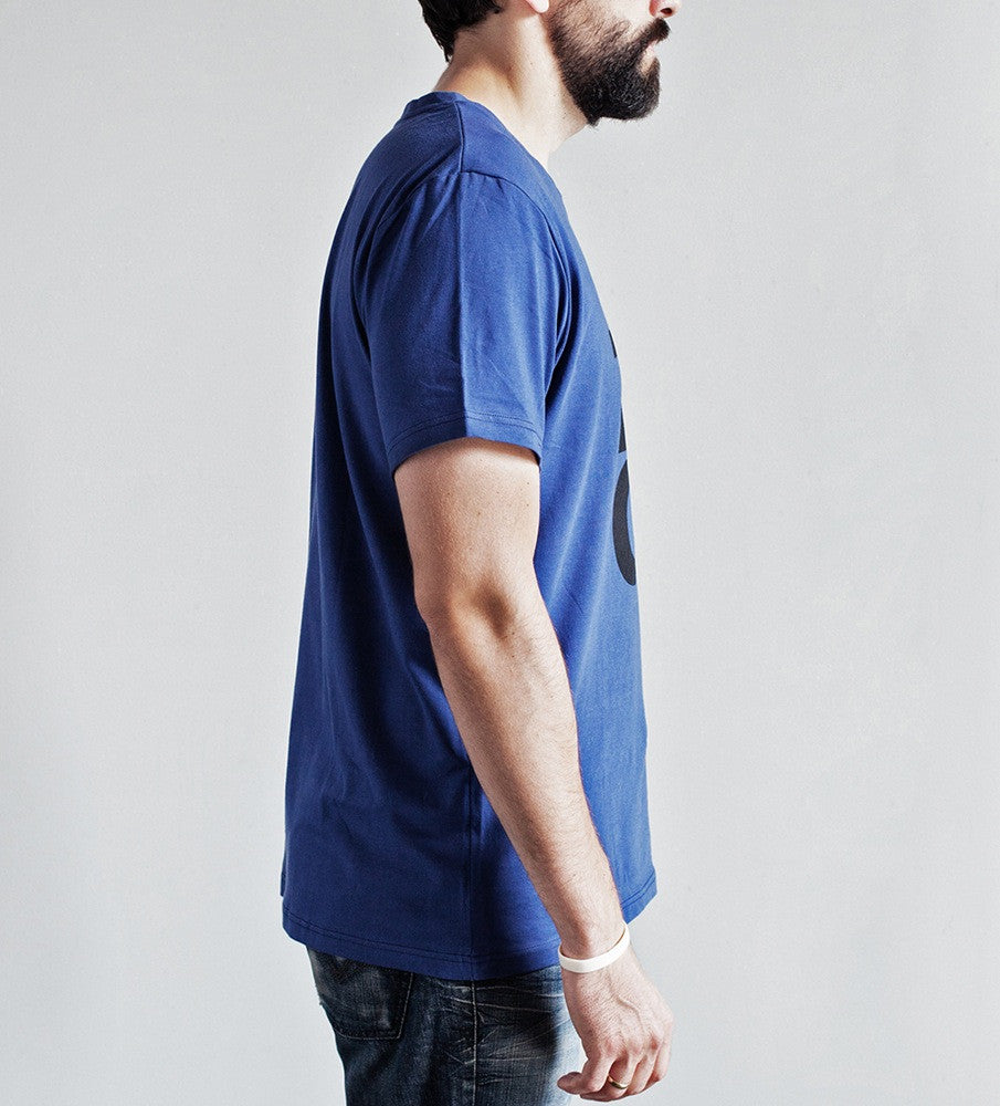 Riga logo t-shirt navy side