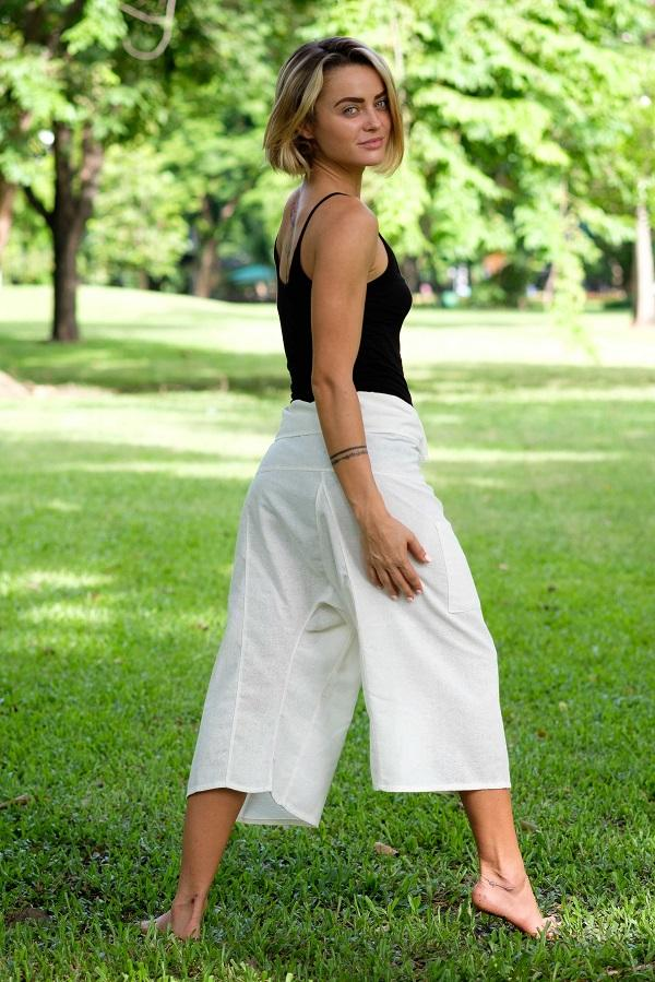 White 3/4 Fisherman Pants