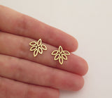 14k gold flower earrings