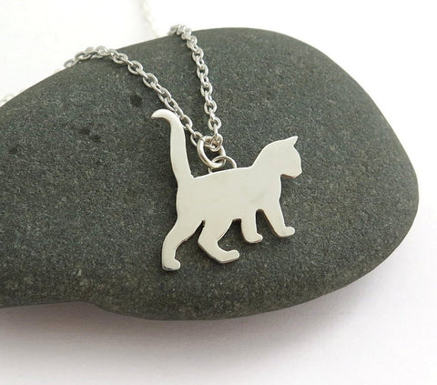 kitten pendant necklace