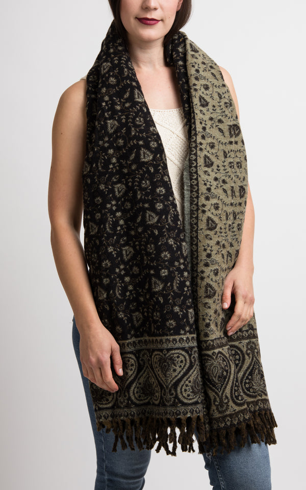 Black and light beige heart floral pattern chunky knit, The Little Tibet