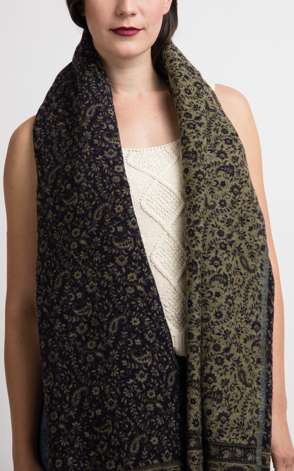 Rich Blue beige paisley pattern reversible chunky knit pashmina shawl, The Little Tibet
