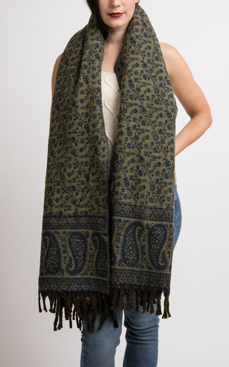 Green grey reversible chunky knit scarf shawl