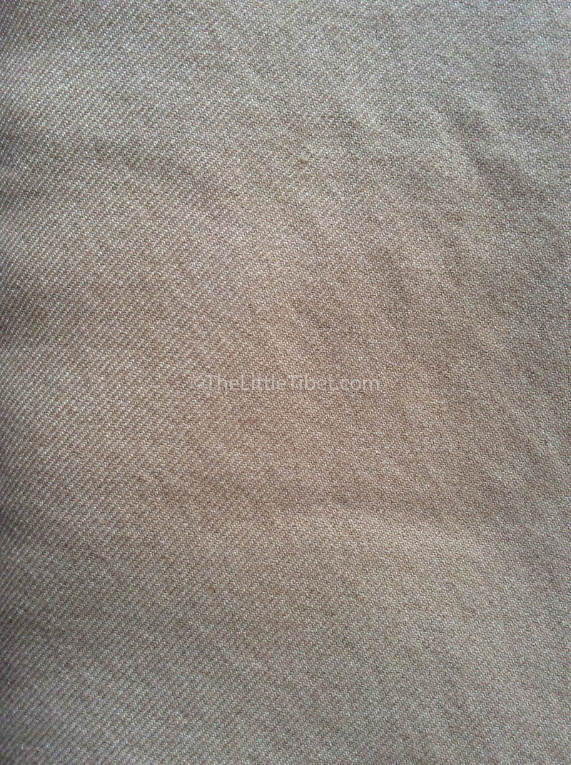 Camel coloured Mongolian cashmere woollen 100%  cashmere blanket close up
