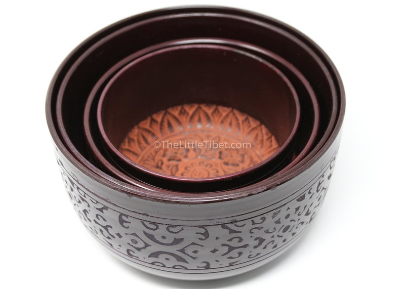 small black aluminium singing bowl sound therapy himalayan instrument  interior