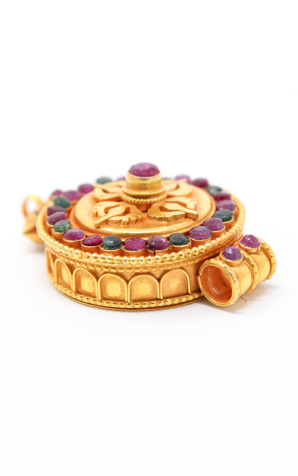 circular Gold Plated Double Dorjee Locket ruby emerald side view