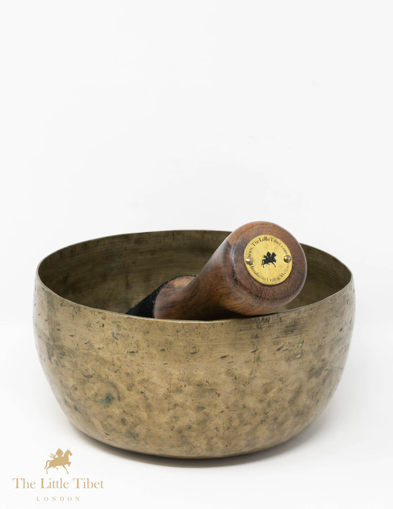 Antique Tibetan Singing Bowl-Healing bowl-Himalayan bowl for meditation-R38
