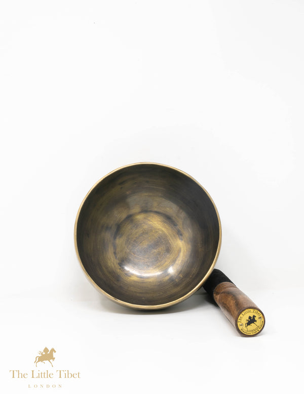Easy to carry, Plain Hand Hammered Tibetan Singing Bowl for meditation & sound Therapy - SA2