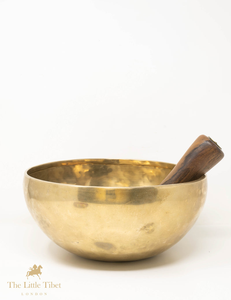 Plain Hand Hammered Singing Bowl, meditation and Healing Bowl - ST233