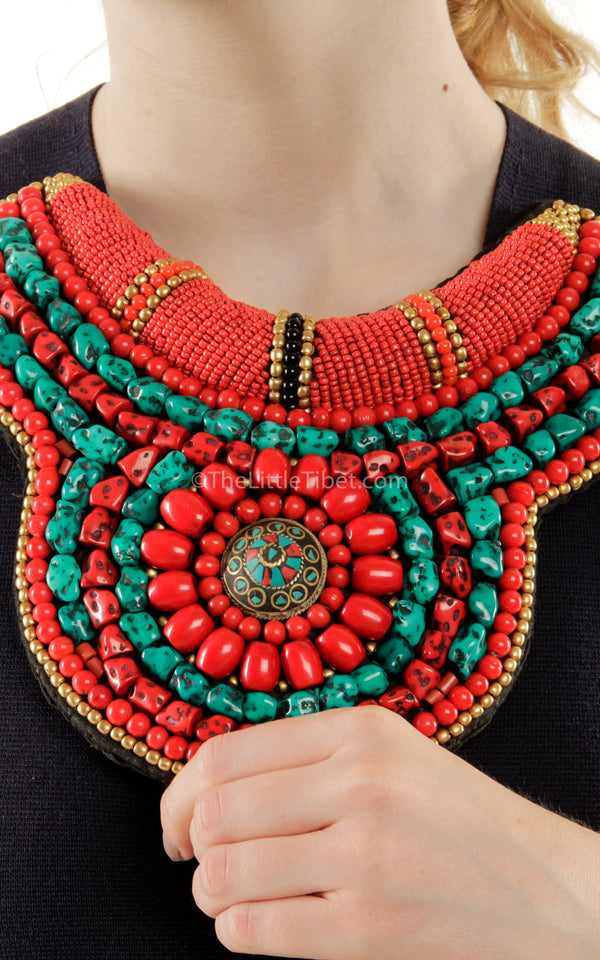 medium coral turquoise hand made Beaded Tibetan Necklace close up