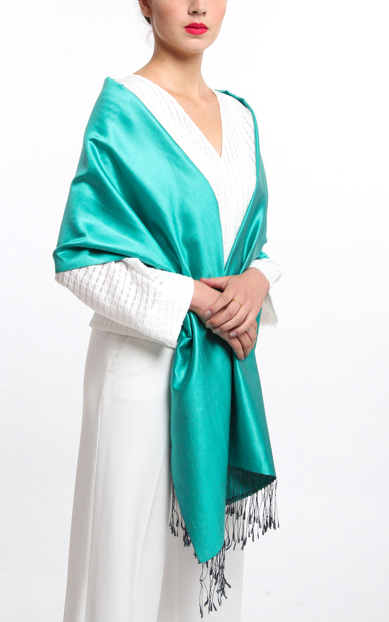 Luxury 100% pure mint green plain reversible pashmina draped around shoulders