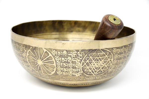 Dorjee thunderbolt etching Hand hammered alloy gold tibetan singing bowl