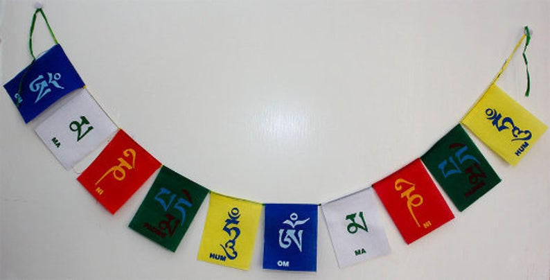 Small - Tibetan Prayer Flags / Om mani pad me hum