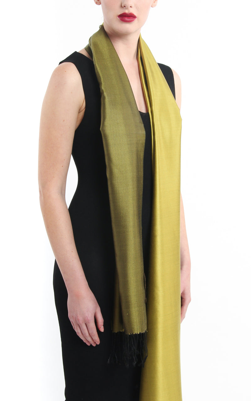 Luxury 100% pure silk bright gold  reversible pashmina with tassels free uk shipping