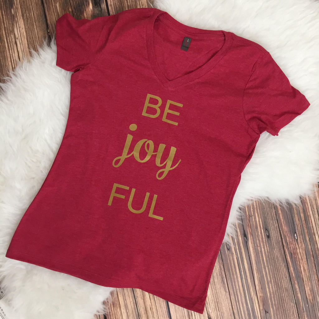 Be Joyful v-neck shirt - Red with Gold