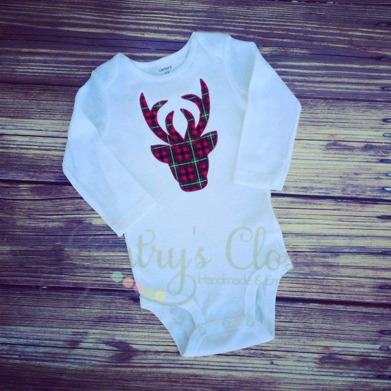 Christmas plaid reindeer appliqued shirt or infant bodysuit. Cute Christmas outfit baby, toddler, child. Reindeer applique for xmas.