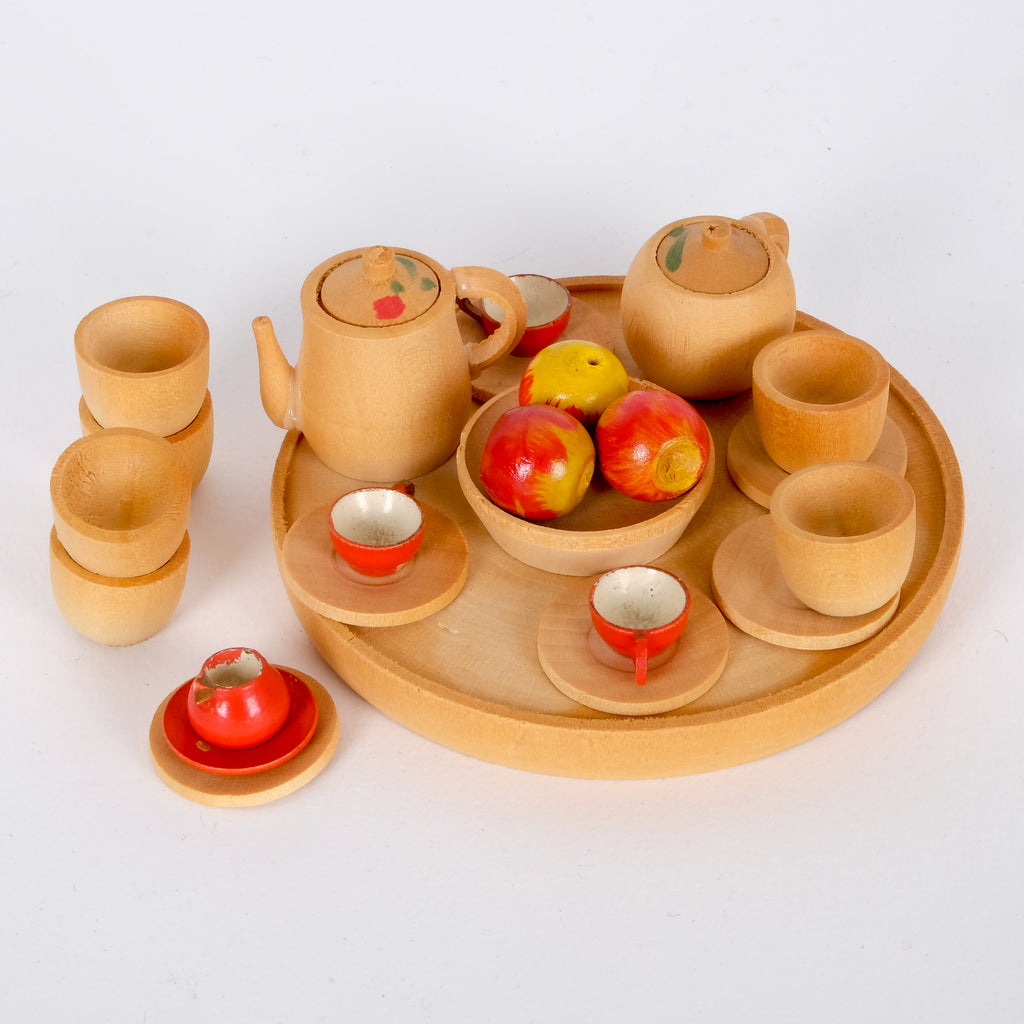 Model Wooden Tea Set