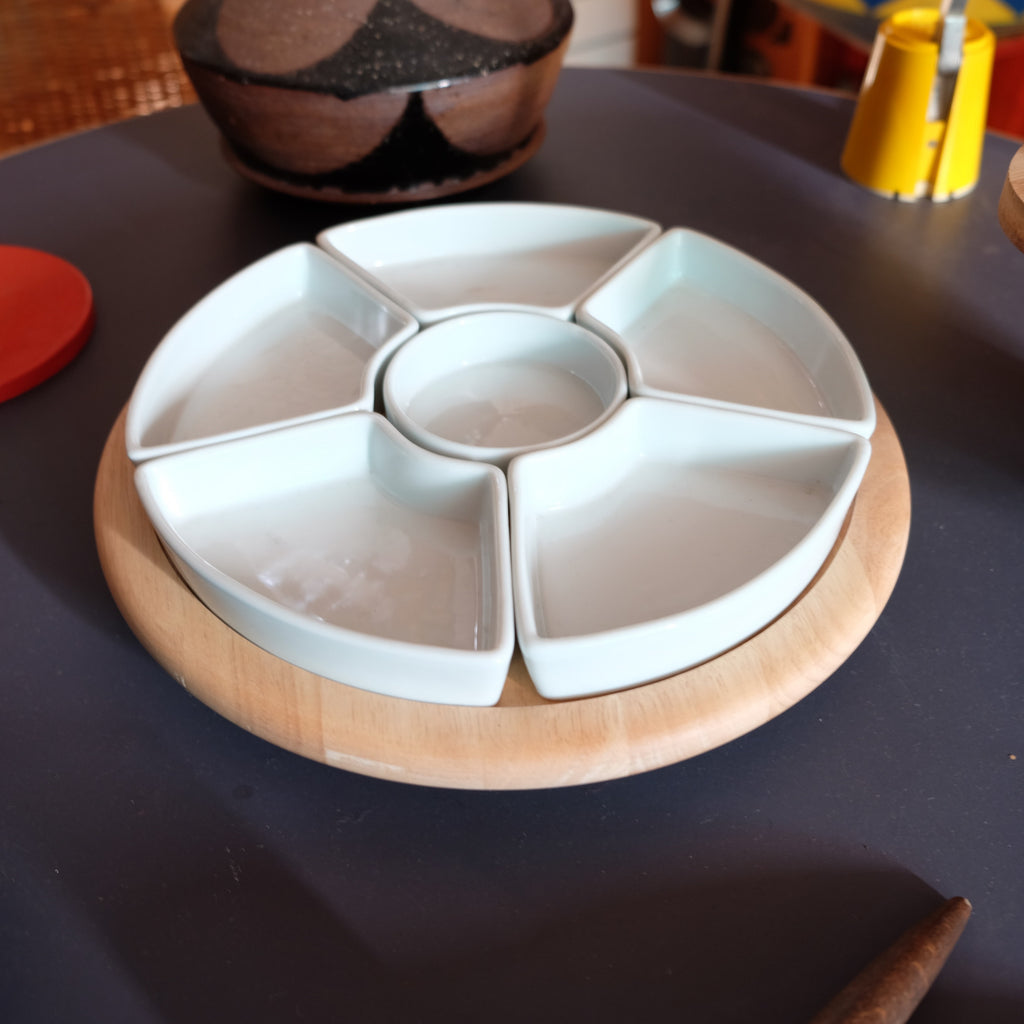 Rotating 1970s Snack Dish