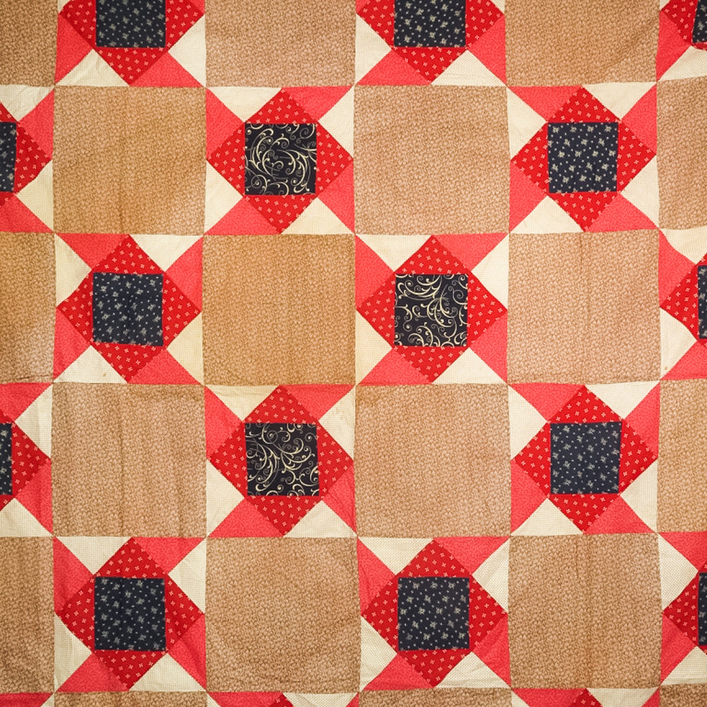 Antique American Log Cabin Patchwork Quilt