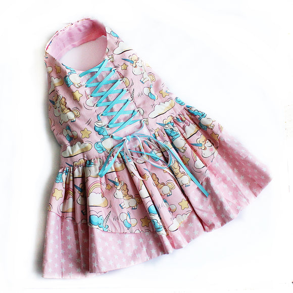 Saccharine in Unicorn Dress
