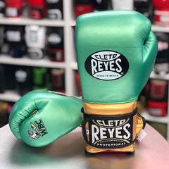 CLETO REYES GLOVES VELCRO TRADITIONAL WBC LIMITED EDITION  - METALLIC GREEN/GOLD