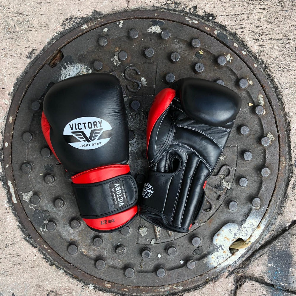 VICTORY GLOVES CLASSIC SERIES 2.0 LEATHER BLACK/RED