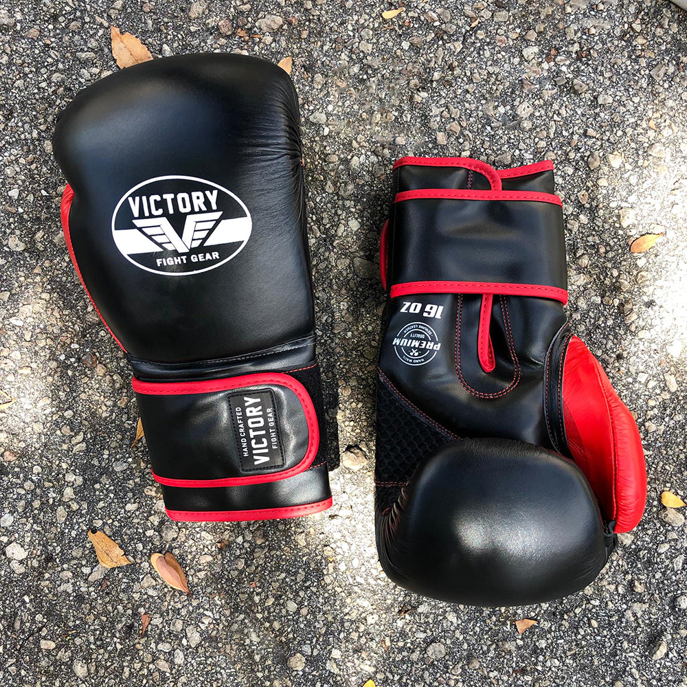 VICTORY GLOVES ATTACK SERIES SEMI LEATHER VELCRO BLK/RED