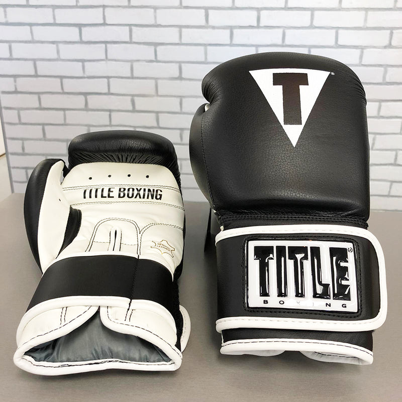 TITLE GLOVES LEATHER TRAINING BLACK/WHITE