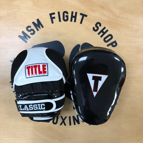 TITLE FOCUS MITTS CLASSIC PROSTYLE TRAINER BLACK/WHITE