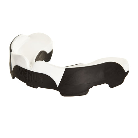 "Venum ""Predator"" Gel Mouth Guard - White / Black Miami bucal"
