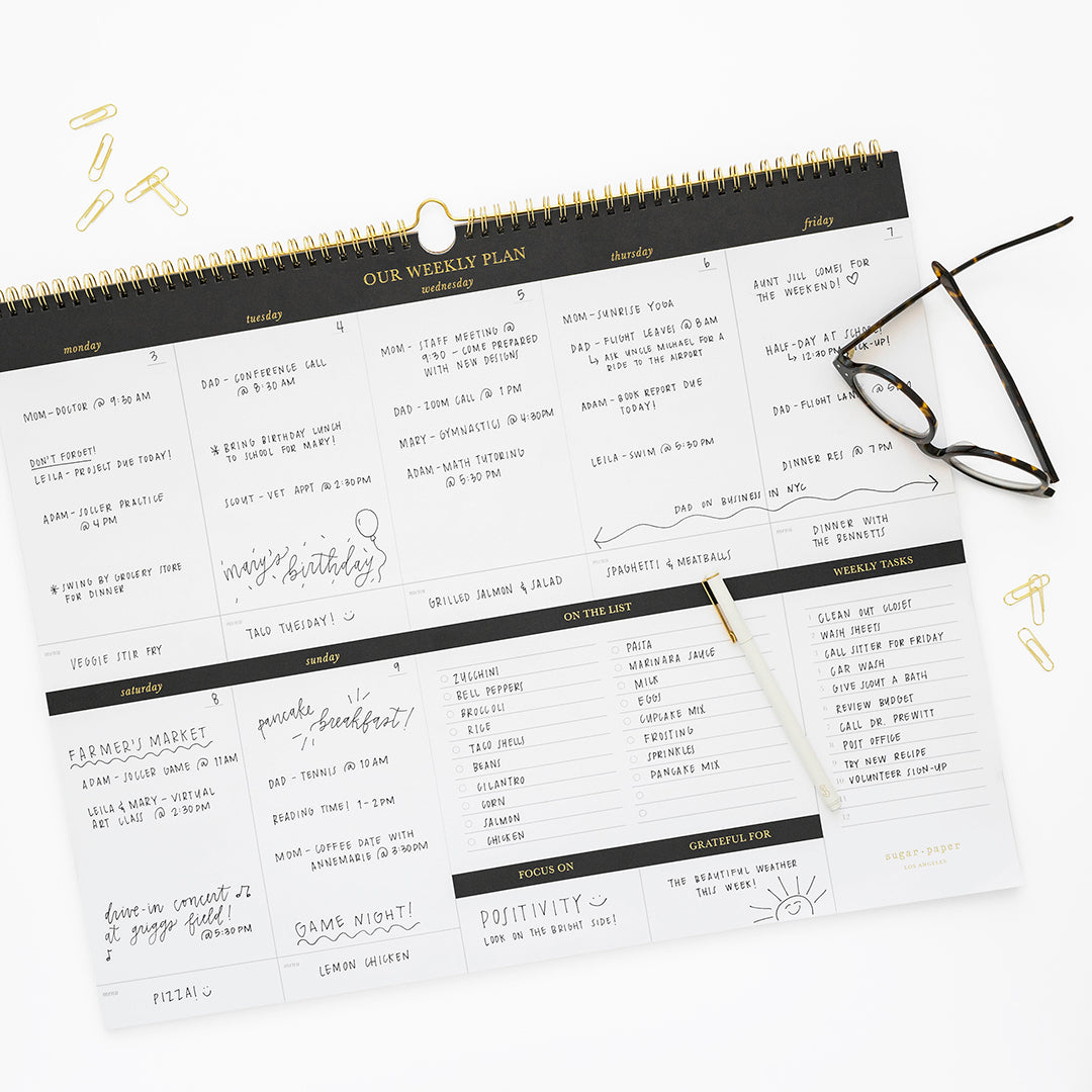 Oversized pad with weekly schedule