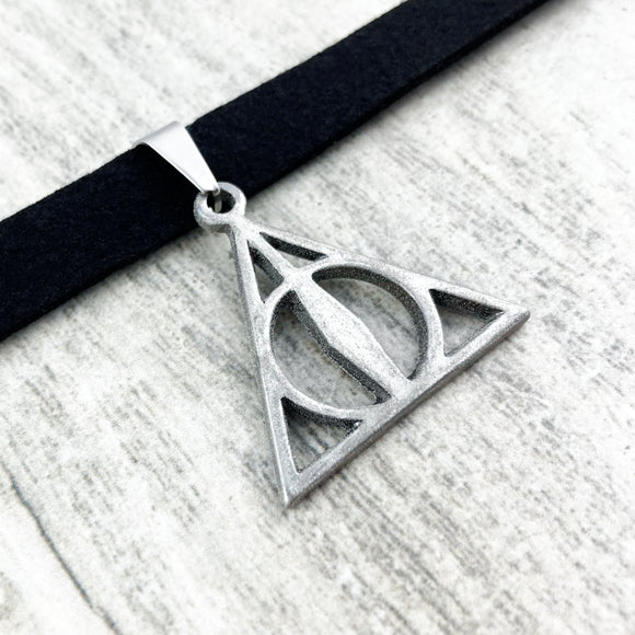 Choker Necklace | Harry Potter | Deathly Hallows (large pendant)