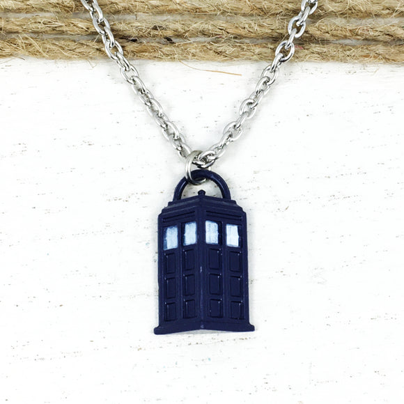 Necklace | Doctor Who | TARDIS (semi-3D)