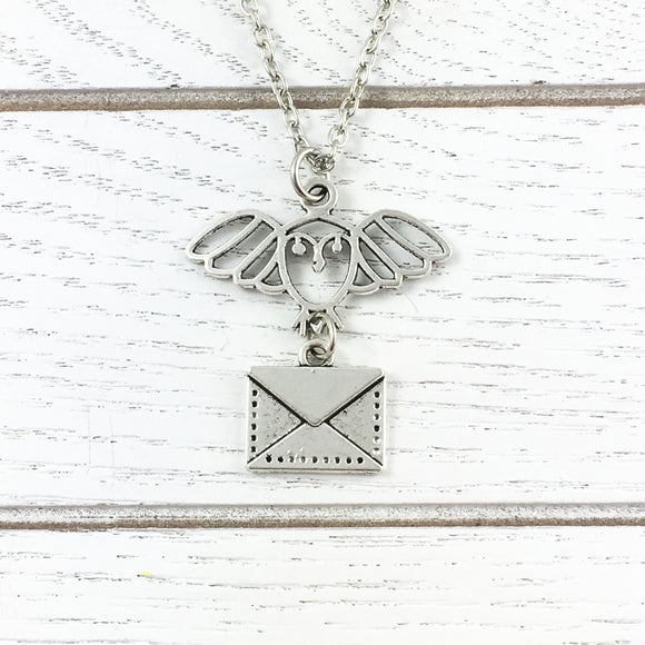 Necklace | Owl with Mail