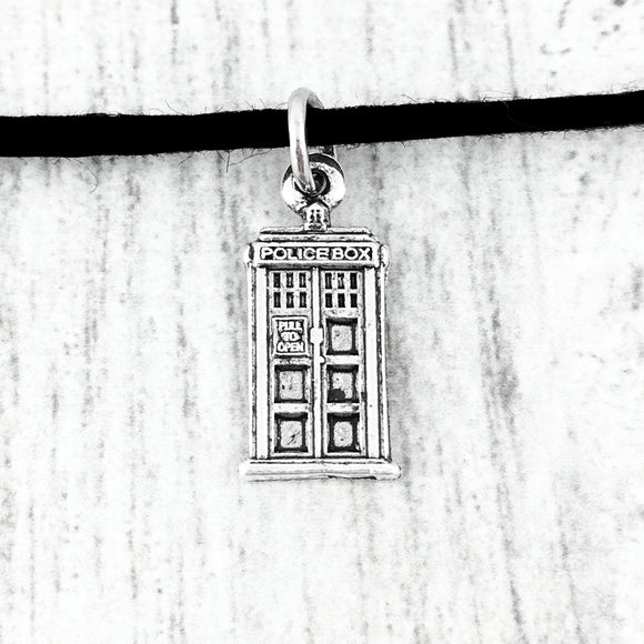 Choker Necklace | Police Box