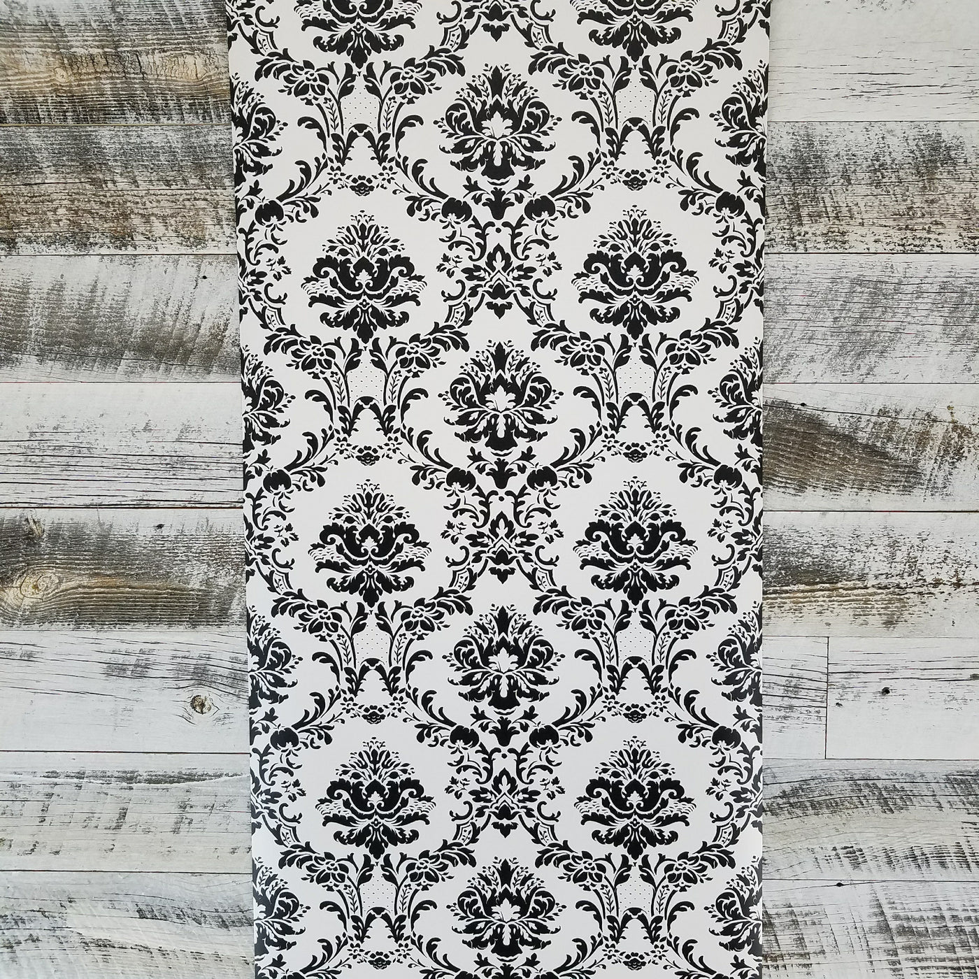 Black And White Victorian Damask Wallpaper Bk32013 D Marie Interiors
