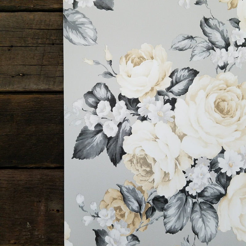 Traditional Victorian Rose Wallpaper