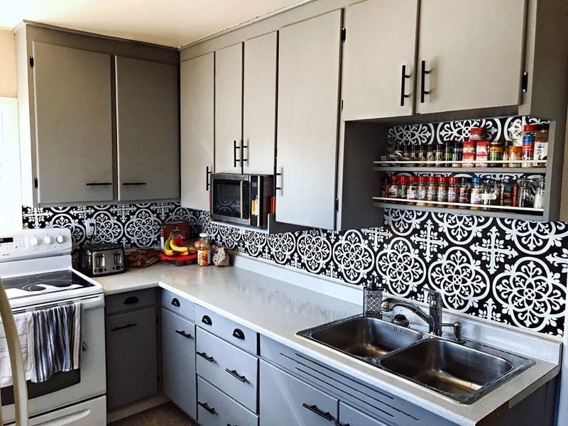 Wallpops Avignon Black and White Peel and Stick Backsplash Tile