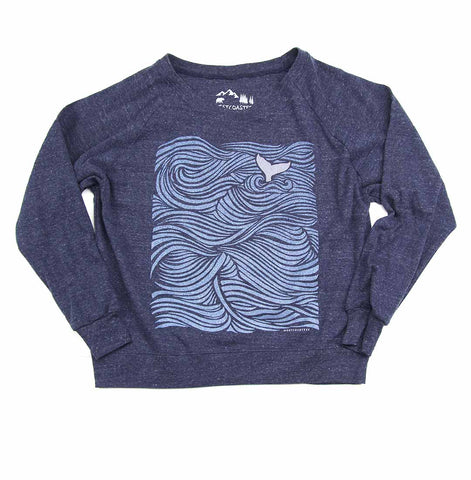 Ocean Tail Triblend Long Sleeve Raglan Pullover