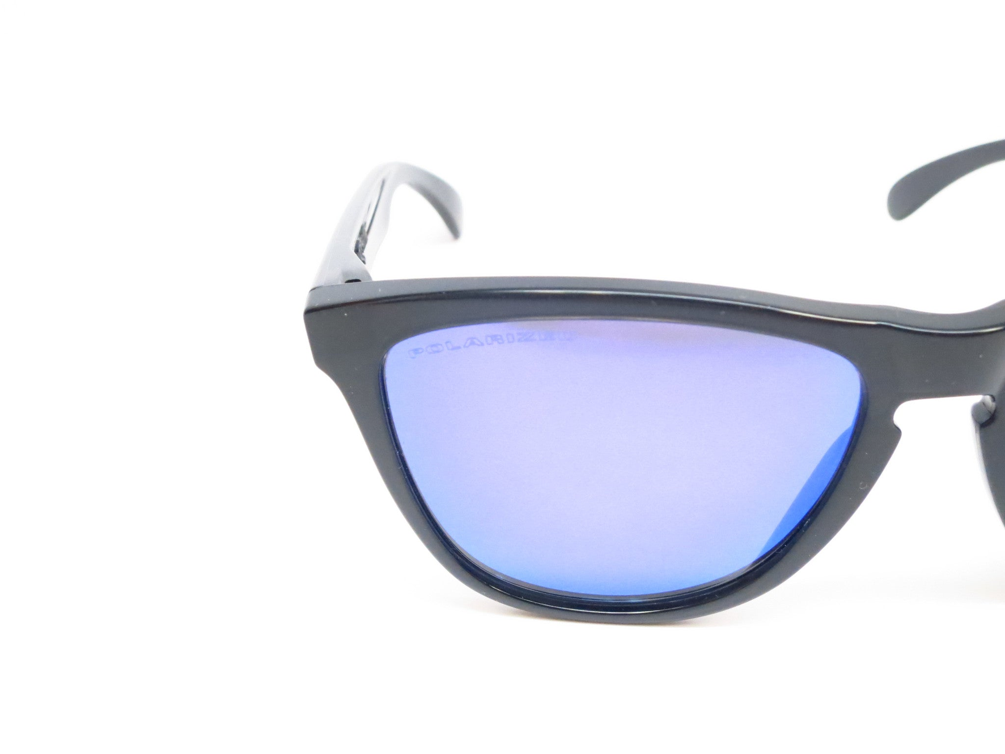 black and blue oakley sunglasses d1xw  Oakley Frogskins OO9013-09 Black Polarized Sunglasses